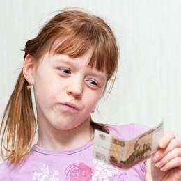 Нужно ли платить ребенку за оценки?