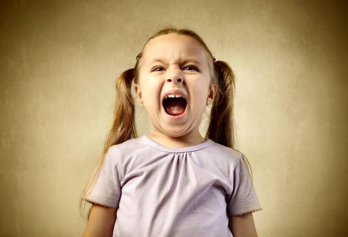 Детские истерики, истерики у ребенка, вы меня не любите