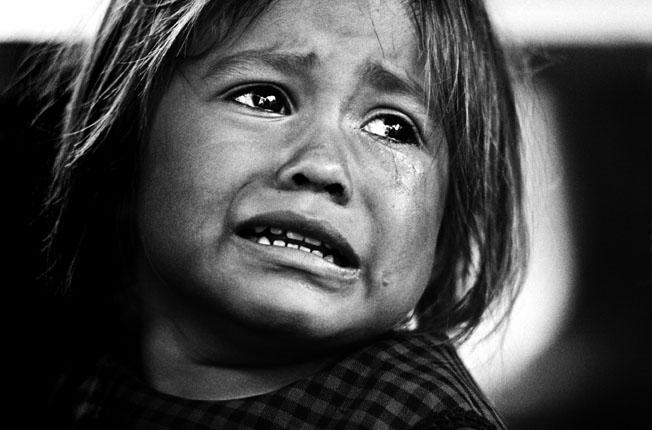 8033055_crying_girl[1]