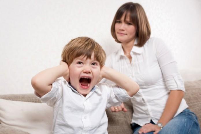 Что делать, когда ребенок не слушается? 8 хитрых приемов умных родителей!