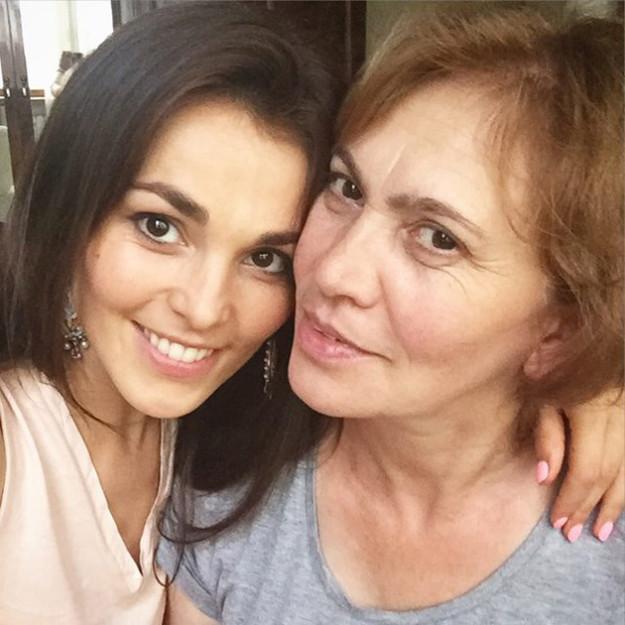 Volshebnaya-Sati-Kazanova-i-mama-Fatima-625x625