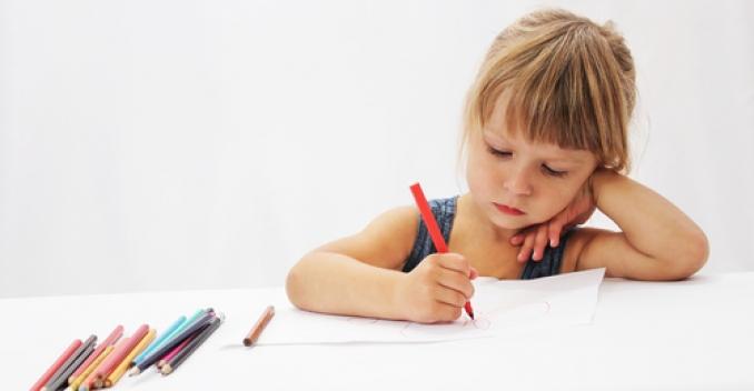 Возможно ли за короткие сроки научить малыша рисовать?