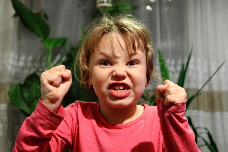 Советы родителям, как бороться с агрессивным поведением ребенка