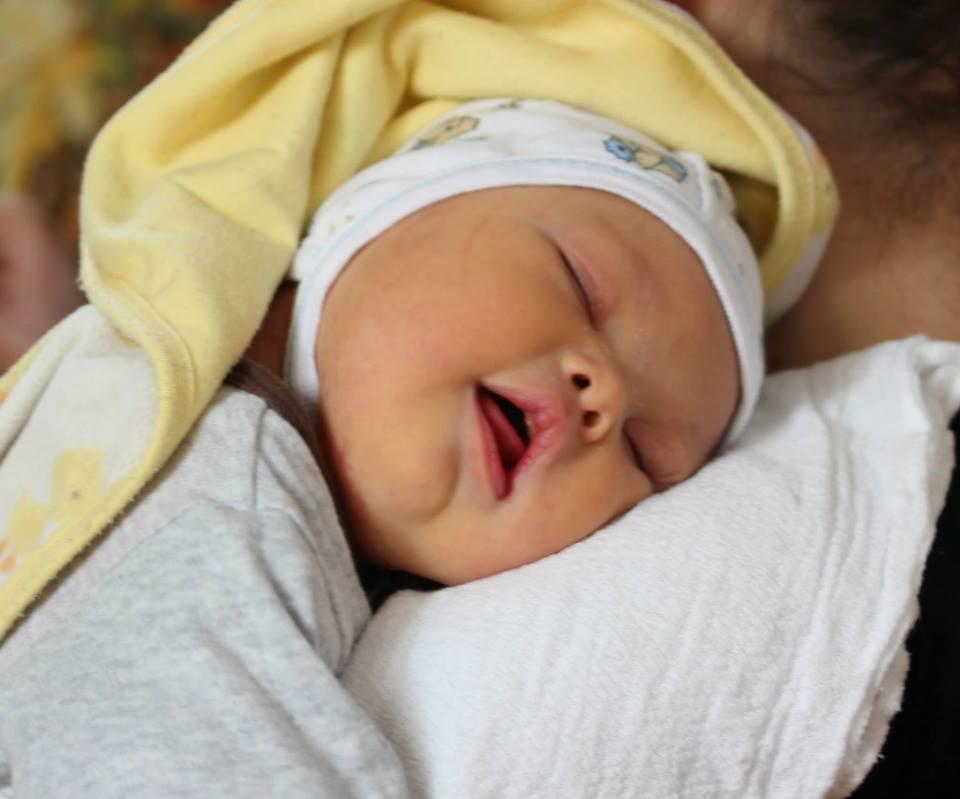 Отец не смог оставить своего новорожденного сына, даже после того как узнал, что у него синдром Дауна!