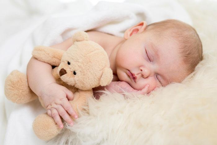 Почему ребенок кричит во сне