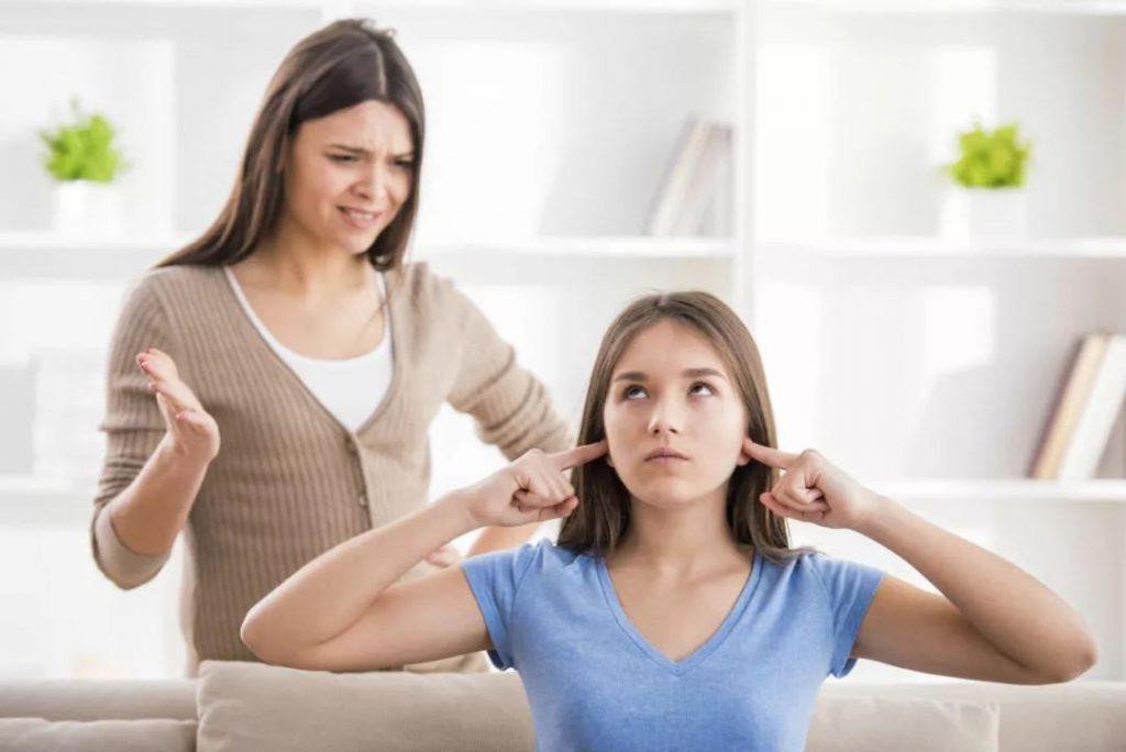 Строгие матери воспитывают успешных детей (новые исследования)!