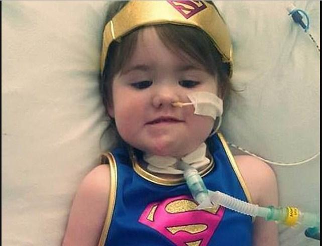 Храбрая пятилетняя девочка, поборовшая ужасающий вирус, мечтает снова ходить!
