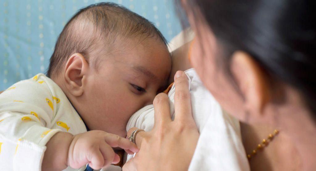 Как определить, достаточно ли вашему ребенку грудного молока?