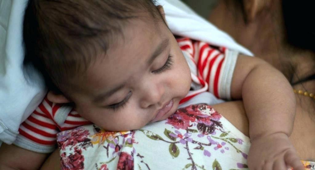 Безопасные домашние средства, чтобы облегчить симптомы простуды и гриппа у вашего ребенка!