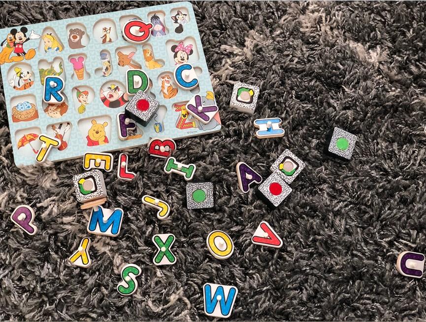 Мой дом завален крошечными игрушечными деталями, и я сойду с ума!