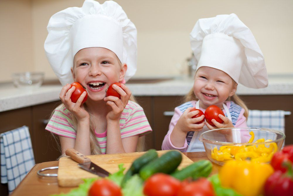 Эксперты раскрывают 15 основных продуктов питания, которые необходимы для маленьких детей!