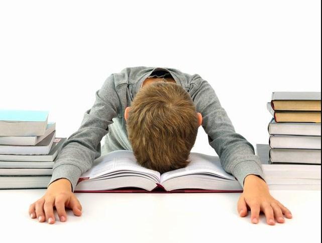 5 принципов, которые родители должны помнить и применять, чтобы помочь своим детям не страдать от стресса!