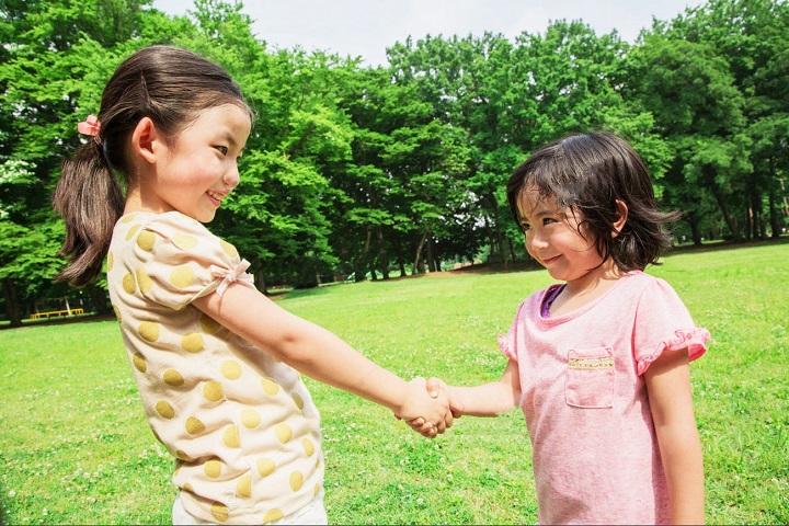 Секреты от многодетной мамы, которые помогут вам научить детей, как вести себя в семье и обществе!