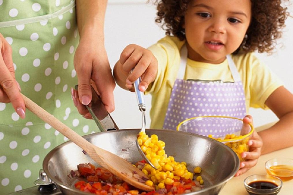 Очень полезные советы для мам, которые помогут сбалансировать питание детей и сделать их рацион более здоровым!