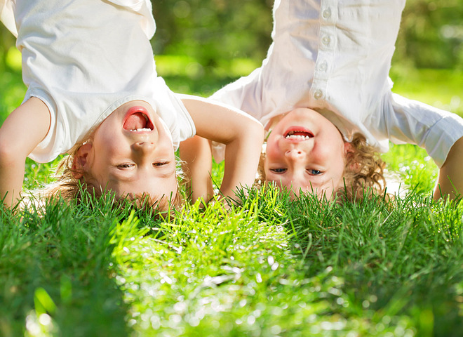 Исследования показывают, что зеленые насаждения полезны для долгосрочного психического здоровья детей!