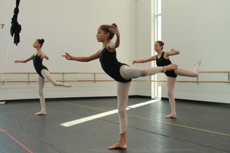 Когда ребенок может начать посещать уроки танцев?