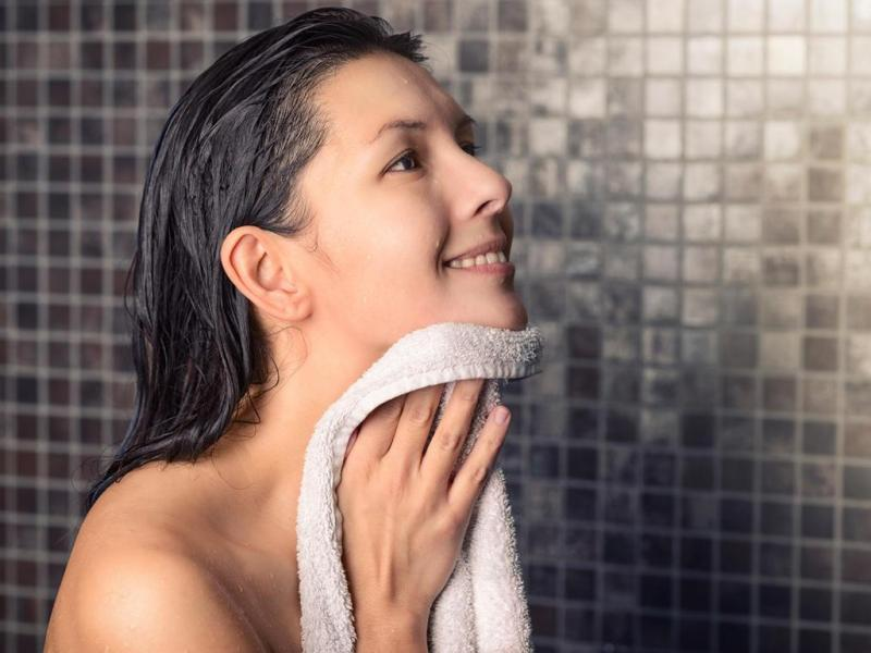 Безопасно ли оставлять ребенка без присмотра, пока вы принимаете душ?