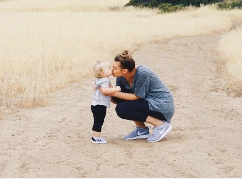 Как привязанность родителей формирует счастье ребенка на всю жизнь!