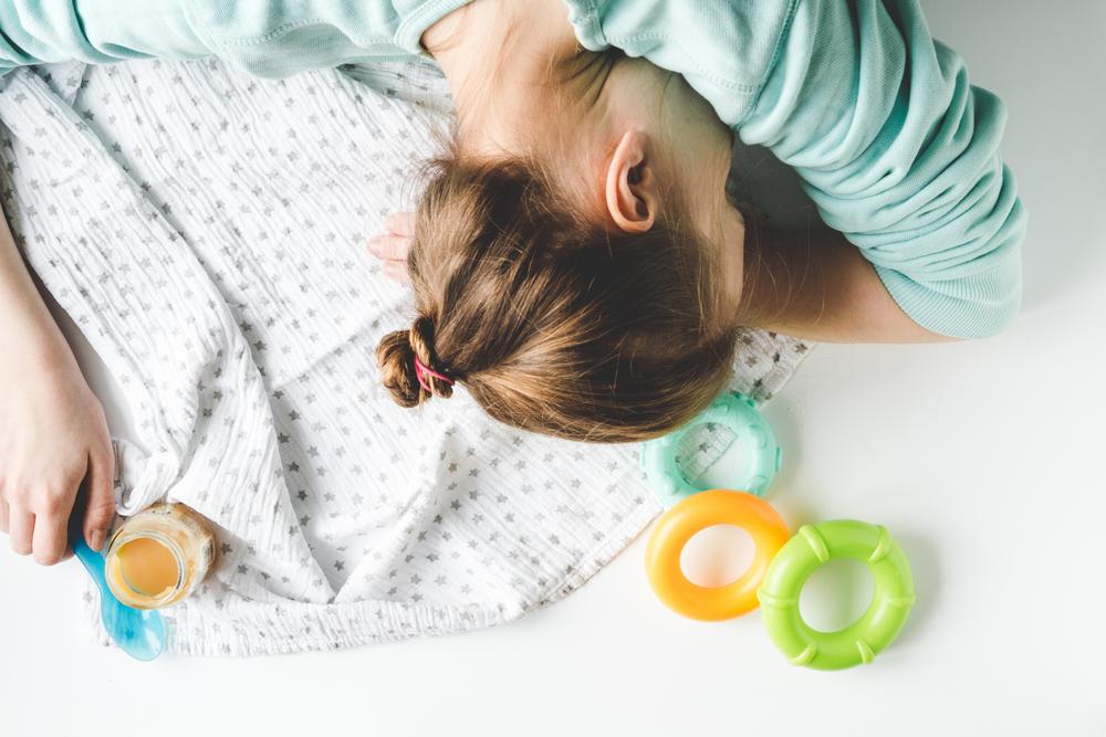 Почему уставшие матери так поздно ложатся спать!