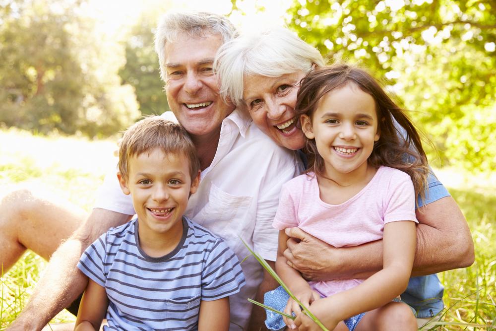 Для бабушек и дедушек в нашей жизни — мы не могли бы сделать это без вас!