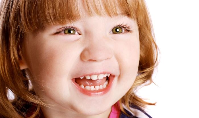 У ребенка КАРИЕС молочных зубов. Что делать?