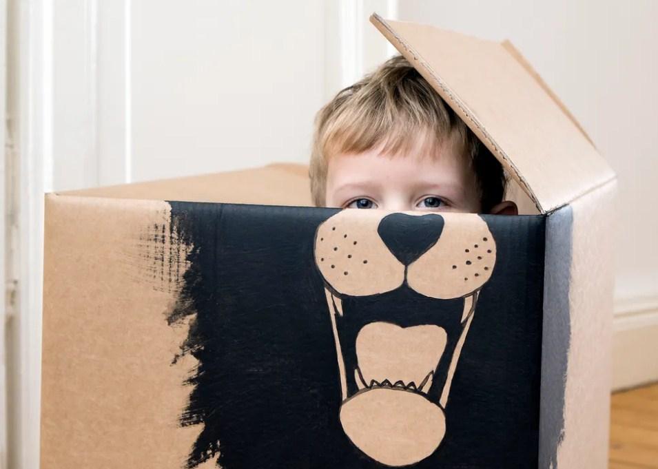 10 полезных фраз, которые можно сказать ребенку, когда он борется в социальных ситуациях!