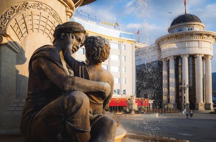 Абсолютная слава материнской любви, выраженная в скульптурах со всего мира