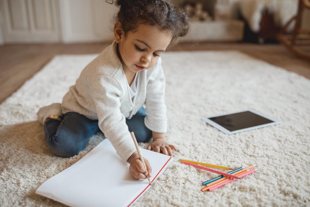 10 комплиментов, которые должны слышать от вас ваши дети